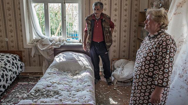 Azerbaycan'da evi bombalanan doktor, asker Terter'i terk etmiyor: Vatanları için görevlerinin başındalar