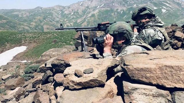 Fırat Kalkanı bölgesine sızmaya çalışan teröristler öldürüldü