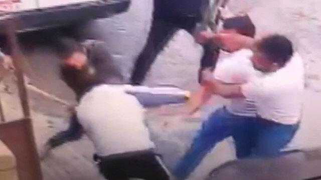 Avcılar'da dehşete düşüren görüntü: Komşusunun kafasına baltayla vurdu