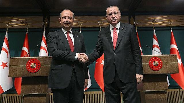 Cumhurbaşkanı Erdoğan, KKTC'nin yeni cumhurbaşkanı Ersin Tatar'ı tebrik etti