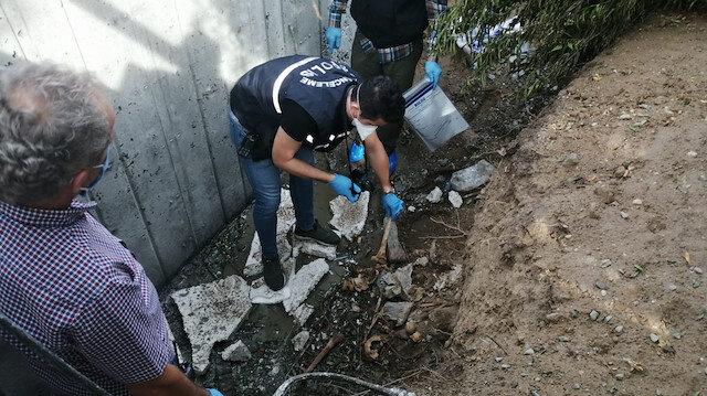 İşçiler dehşete düştü: Poşet içinde 3 kafatası ve insan kemikleri bulundu