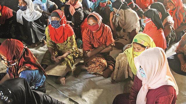Myanmar'daki Müslümanlar 50 yıldır acı çekiyorlar