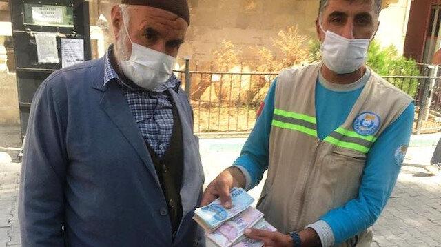 35 bin lirayı çöpte buldu sahibine teslim etti: Sahibi bana 'Allah senden razı olsun' desin yeter
