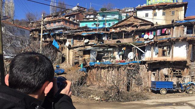 Nepal ve Pakistan'daki evleri andırıyor: Demirci'nin otantik evleri fotoğrafçıların ilgisini çekiyor