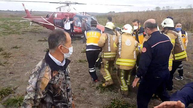 Yaralı pilot ambulans helikopterle hastaneye kaldırıldı