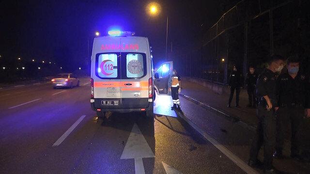 İzmir'de iki otomobil çarpıştı: 4 kişi yaralandı