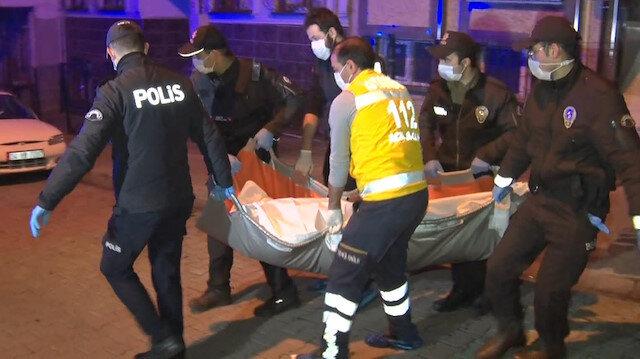 Küçükçekmece'de kadın cinayeti: Tartıştığı karısını defalarca bıçaklayıp öldürdü
