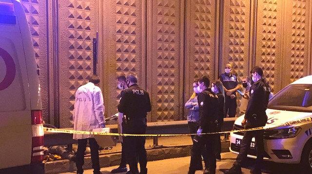 Gaziosmanpaşa'da alt geçitte bir kişi ölü bulundu