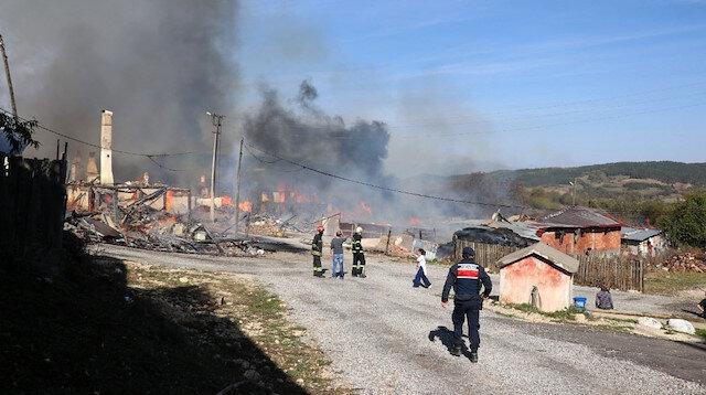 Bolu'da bir köy alevlere teslim oldu