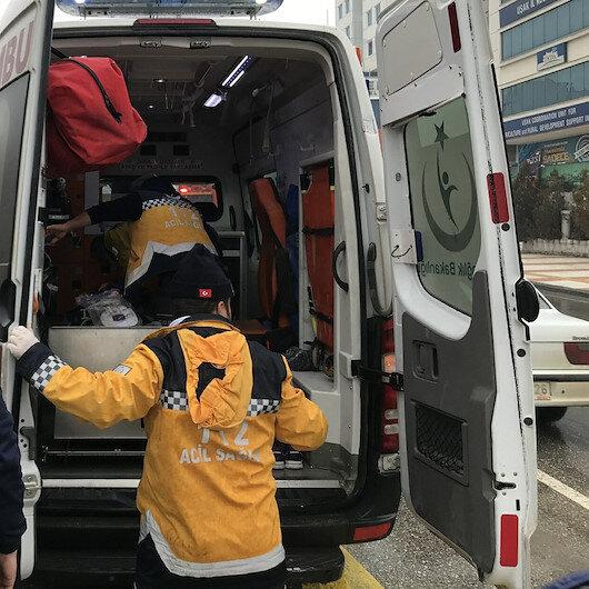 Uşak'ta 2 hafriyat kamyonu çarpıştı: 1'i ağır 2 yaralı