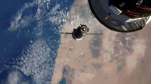 Uzaya numune toplamaya gitti kapakları açık unuttu