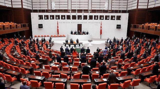 AK Parti, CHP, MHP ve İYİ Parti'den Macron'a ortak tepki