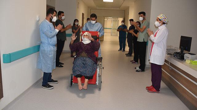 12 çocuk, 100'ü aşkın torunu var: Şırnak'ta 120 yaşındaki kadın koronavirüsü yendi