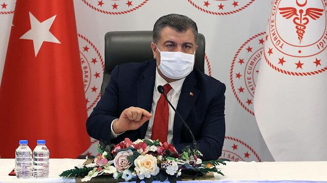 Sağlık Bakanı Koca: Virüs bir kişiden ortalama üç kişiye bulaşıyor