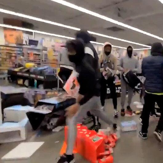 Pensilvanyada göstericiler mağazaları yağmaladı: 27 yaşındaki siyahi Walter Wallace'nin vurmasının ardından eylemler tırmanışa geçti