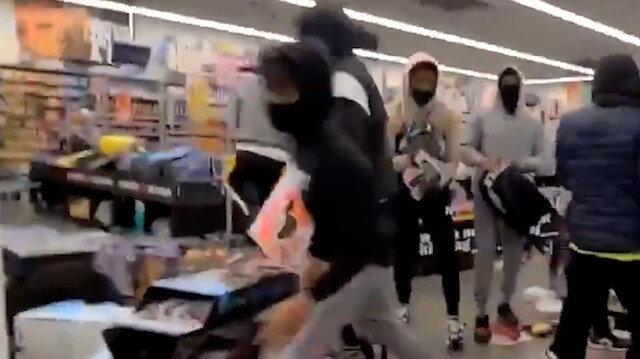 Pensilvanya'da göstericiler mağazaları yağmaladı: 27 yaşındaki siyahi Walter Wallace'nin vurmasının ardından eylemler tırmanışa geçti