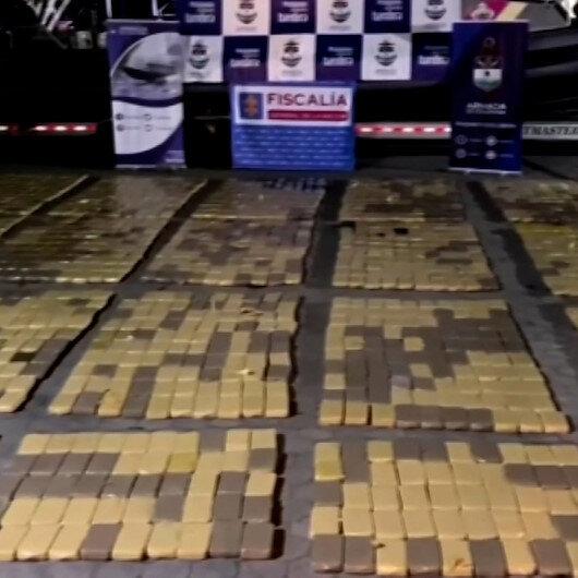 Kolombiya açıklarında denizaltından 60 milyon dolar değerinde uyuşturucu ele geçirildi