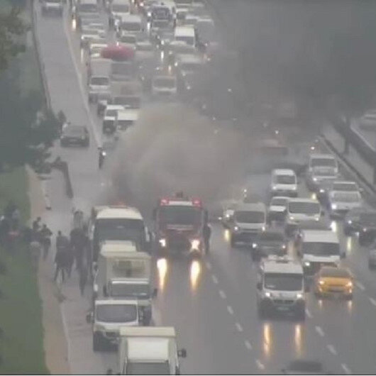 Kavacıkta yolcu dolu otobüs alev alev yandı