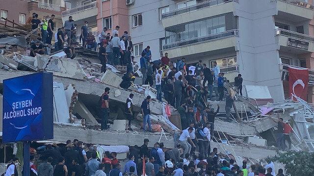 Cumhurbaşkanı Erdoğan, İzmir Büyükşehir Belediye Başkanı Soyer'den depremle ilgili bilgi aldı