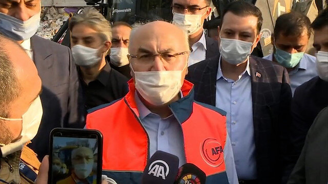 İzmir Valisi Köşger İzmirlileri uyardı: Gerekli olmadıkça trafiğe çıkmayın