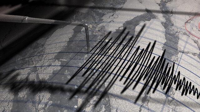İzmir'de 5 büyüklüğünde artçı deprem oldu