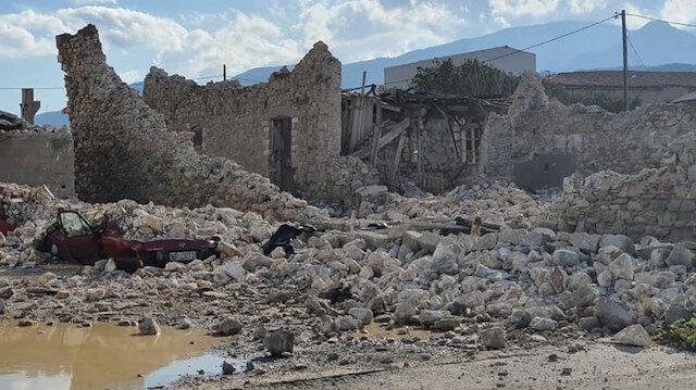 İzmir depremi sonrası Sisam Adası'nda  ölü sayısı 2'ye yaralı sayısı 19'a yükseldi