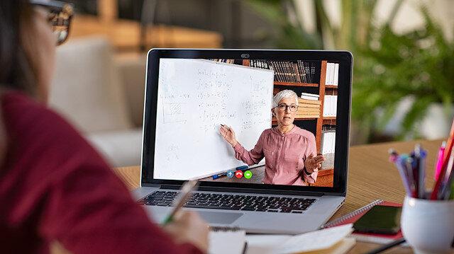 Online eğitime yönelim üzerine bazı düşünceler