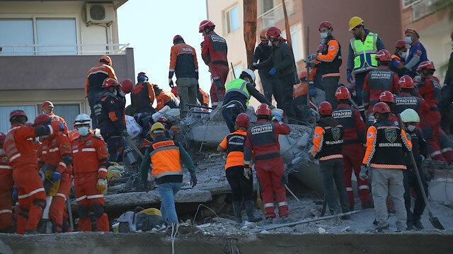 İzmir'deki depremde can kaybı 83'e yükseldi