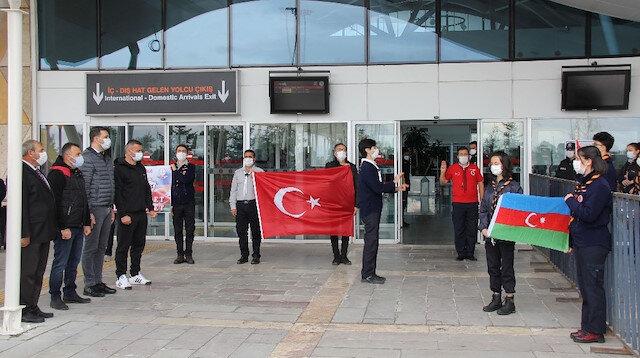Karabağ, Sivas'ta 'Çırpırdı Karadeniz' türküsüyle karşılandı