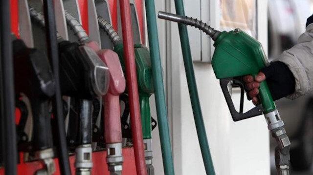 Benzin ve motorine zam: Gece yarısından itibaren geçerli olacak