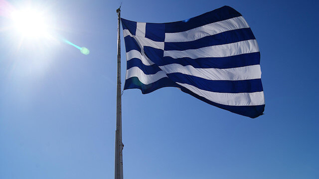 Yunanistan'da koronavirüs önlemleri: Ülke yeniden karantinaya giriyor
