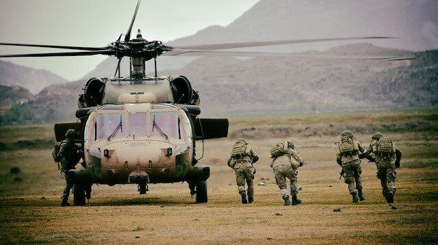 Mehmetçik Libyalı askerlere yoğun eğitim veriyor