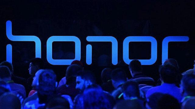 Huawei, uygun fiyatlı ürünler geliştiren Honor'u satabilir