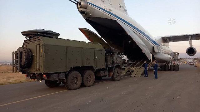 Dağlık Karabağ'da görev yapacak Rus Barış Gücü'nün bölgeye sevkiyatı sürüyor