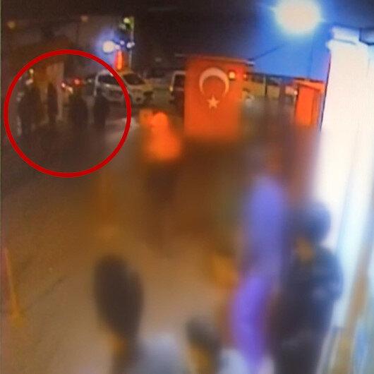 Ispartada bir vatandaşı boğazından bıçaklayarak kaçan zanlı kamerada