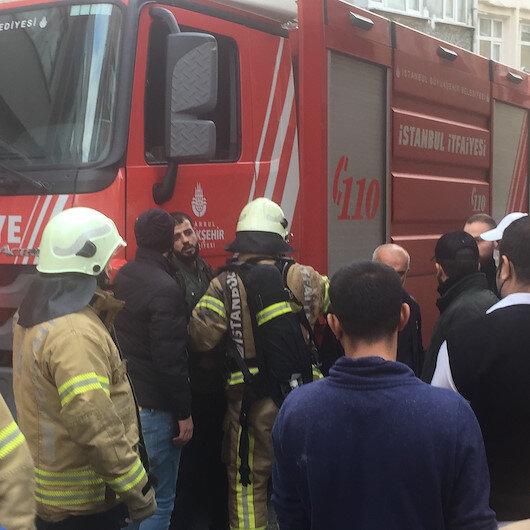 Fatihte bir dairede yangın: Mahsur kalan Filistinliyi itfaiye ekipleri kurtardı