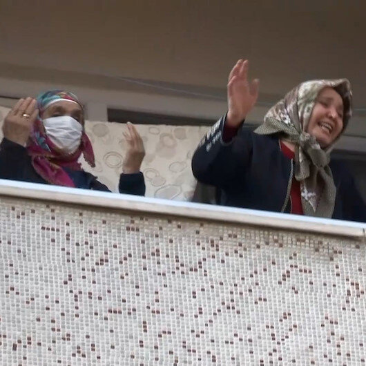 Bayrampaşada korkutan yangın: Kadın ve çocuklar camlara çıkarak yardım istedi
