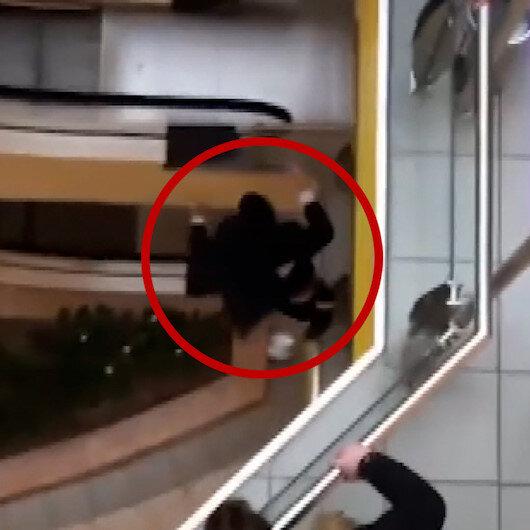 Rusyada AVMden giysi çalan genç kaçarken üçüncü kattan atladı