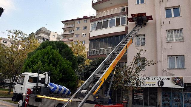 Depremin vurduğu İzmir'de ev kiraları fırladı vatandaşlar tepki gösterdi