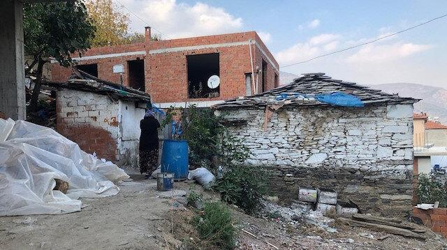 İzmir'de 71 yaşındaki adam karısını baltayla öldürdü