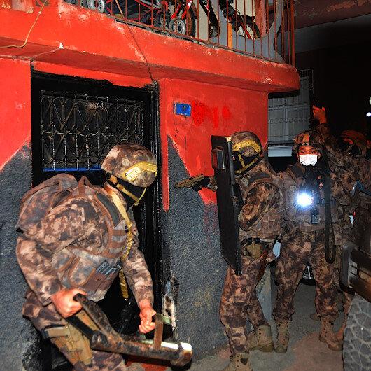 Adanada suç örgütüne PÖHten şafak baskını
