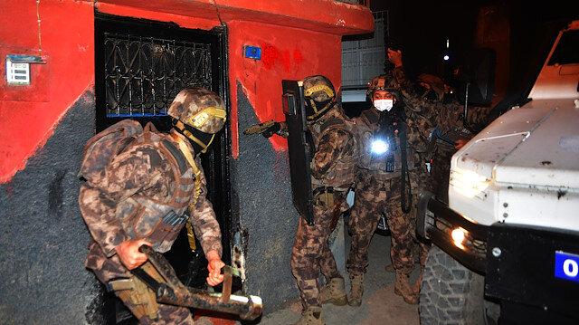 Adana'da suç örgütüne PÖH'ten şafak baskını