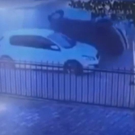 Siirtte ehliyetsiz çocuk sürücünün ilginç kazası: Park halindeki araca çarpıp takla attı
