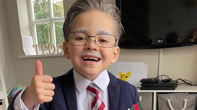 İngiltere'de minik Teddy, Sir Tom Moore kılığına girerek 10 bin sterlinden fazla bağış topladı