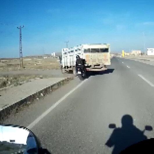 Arkadaşının kaza anını kask kamerasıyla anbean kaydetti: Yaralanan polis memurunun durumu ciddiyetini koruyor
