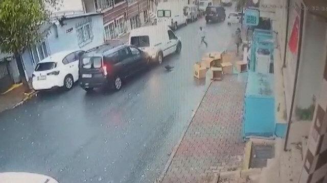 Gaziosmanpaşa'da hırsızlara müdahale etmek istediler: Cadde savaş alanına döndü