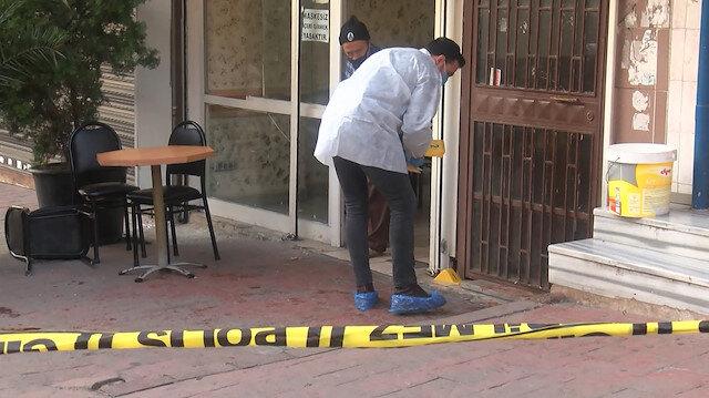 Beyoğlu'nda bekçi bıçaklı saldırganı ayağından vurdu