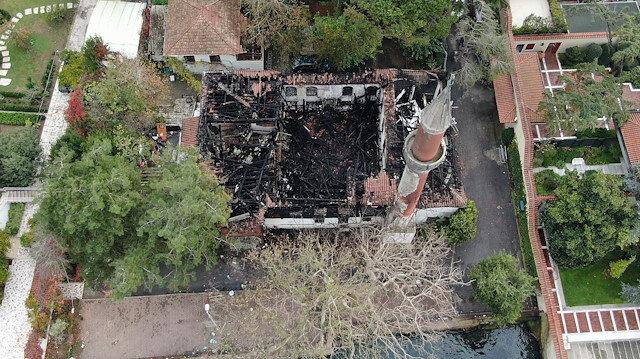 Üsküdar'daki tarihi Vaniköy Camii'nin itfaiye raporu: Yangın elektrik tesisatından kaynaklandı