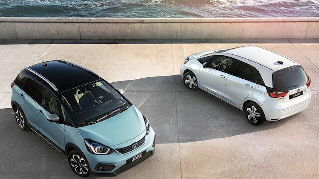 Honda'nın hibrit arabası Jazz e:HEV görücüye çıktı