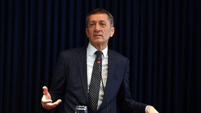 Bakan Selçuk'tan sınav açıklaması: İptal edilmedi, ertelendi